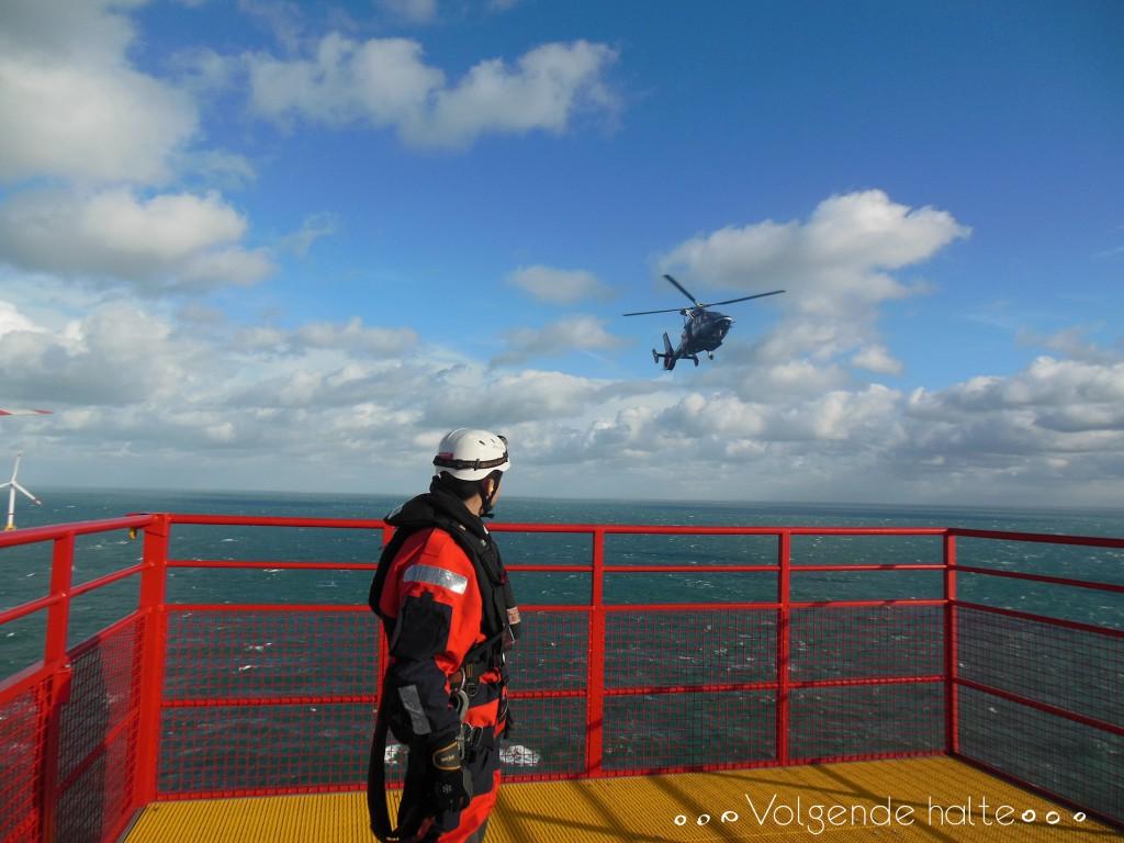 Molinos en alta mar: Esperando al helicóptero