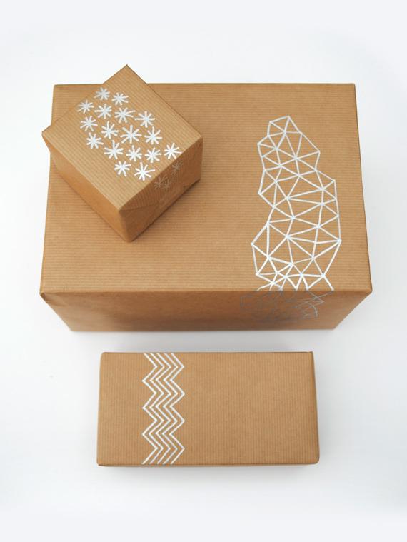 hand-drawn-giftwrap